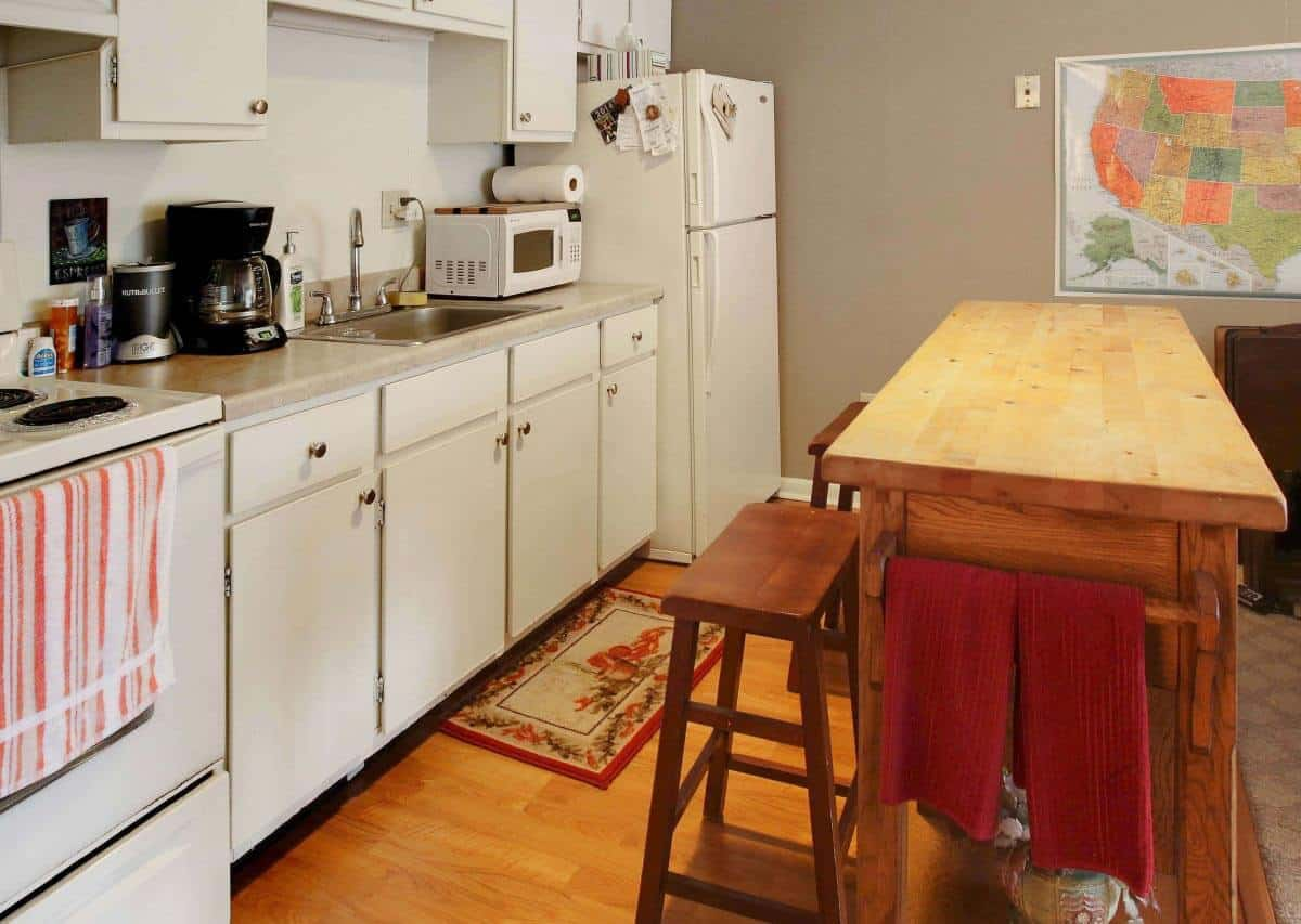 Cozy open kitchens
