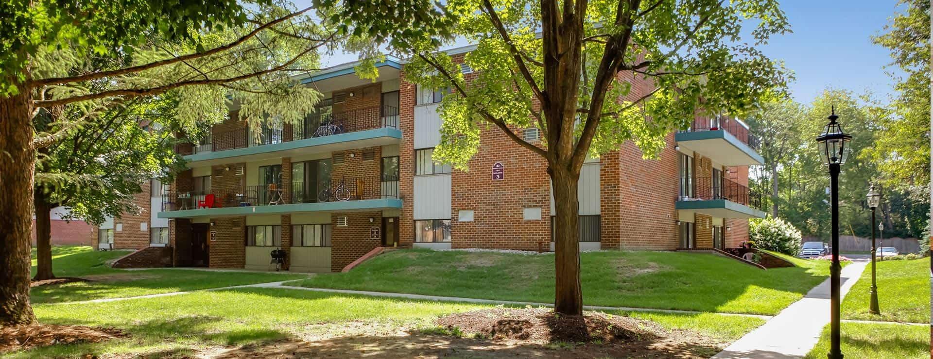 Burns Management | Whitmore Court Apartments Saratoga